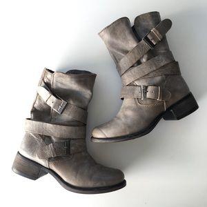 🆕 Listing!  Steve Madden | 'Brewzzer' Boots